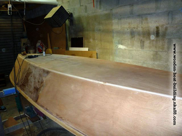 boat-building-guide-704-10-wood-boat-hull-plywood-epoxy-resin ...