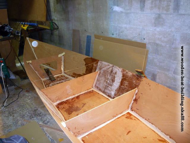 ... of the boat using marine plywood and epoxy resin. (stich and glue