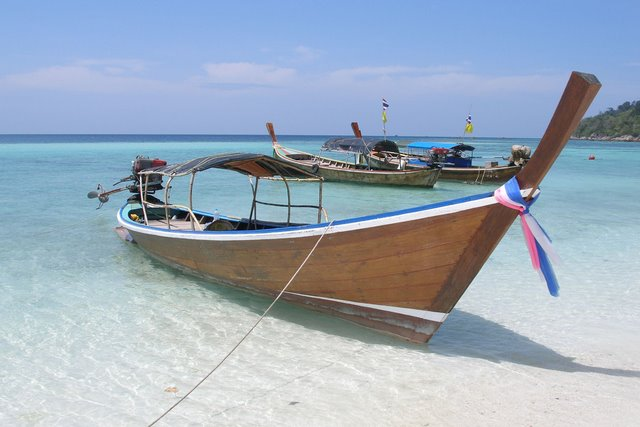 boat : the thailand longtail boat : DIY Small wooden boat free plans ...
